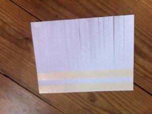 cortar-cinta-adhesiva-y-pegar