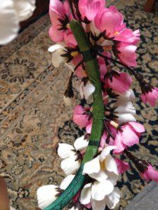 decorar con flores una diadema